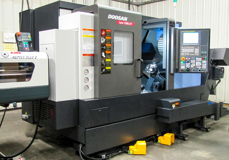 DOOSAN Lynx 220LSYC at Galaxy Precision